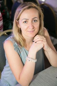 Alina,32-3
