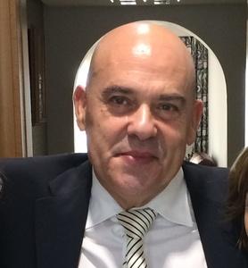 Vicente,53-6