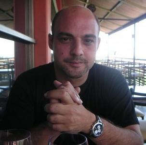 João,42-2