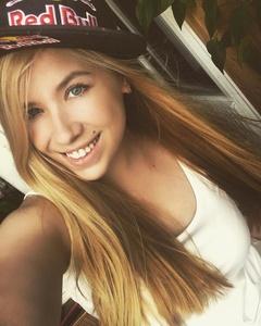 Alina,21-6