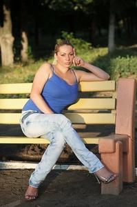 Anna,31-5