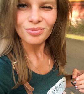 Anastasia,27-2