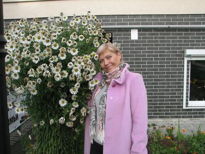 Olga,53-49