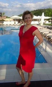 Alina,37-12