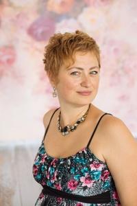Alina,38-4