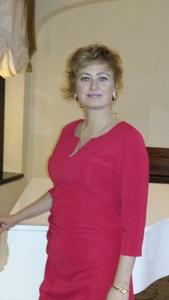 Alina,37-19