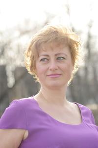 Alina,37-11