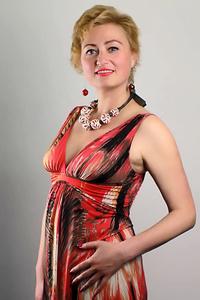 Alina,39-1
