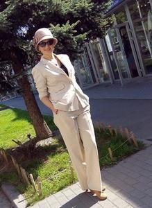 Alina,37-4