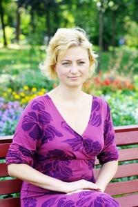 Alina,39-9
