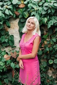 Julia,50-5