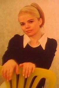 Anna,41-4