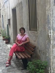 Elena,54-7