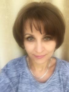 Elena,52-7