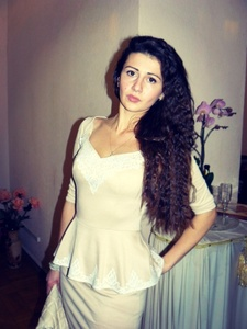 Nina,25-13