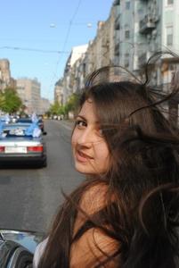 Nina,25-7