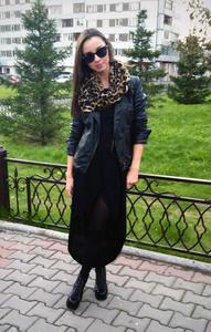 Nadya,24-5