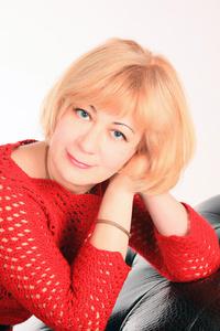 Alina,52-2