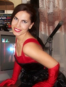 Karina,36-2