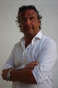 Alan,56-1