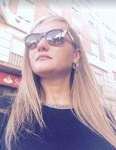 Julia,34-6