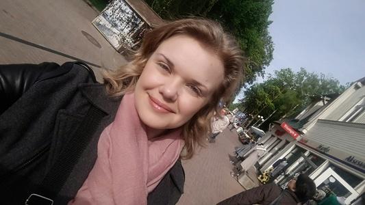 Anna,35-3