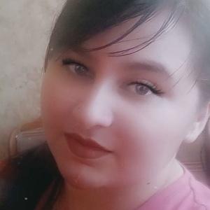 Valeria,24-5