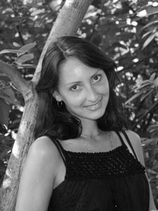 Elena,33-8