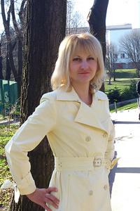 Anna,44-1