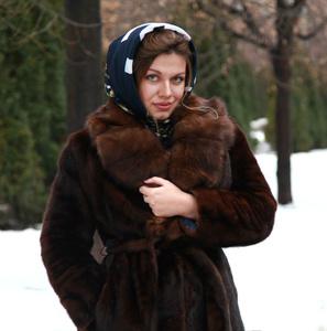 Anna,28-2