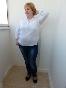 Natalia,42-6