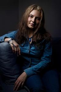 Anna,30-6