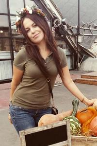 Alina,31-1