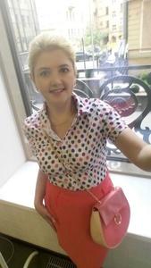 Anna,50-6