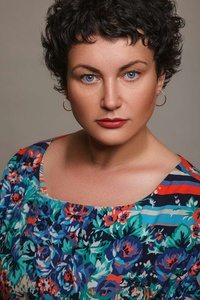 Elena,41-26