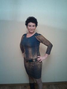 Elena,41-25