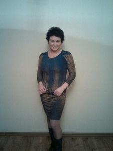 Elena,41-27