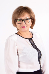 Farida,55-1