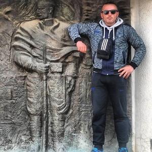 Zoran,35-64