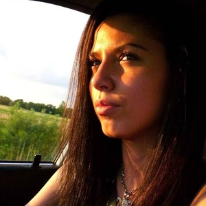 Elena,24-3