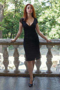 Elena,25-8