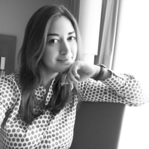 Elena,24-7