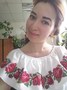 Elena,24-4
