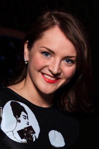 Kate,30-1
