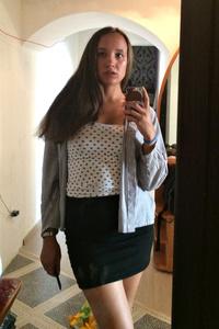 Christina,27-1