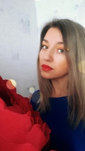 Nina,40-10