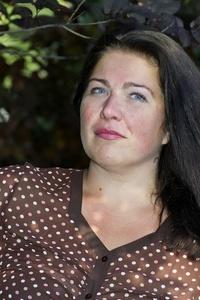 Olena,39-8