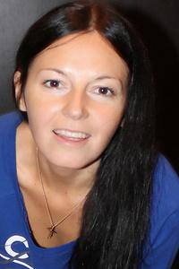 Elena,33-2
