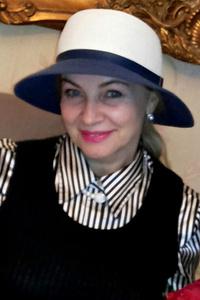 Anastasia,55-1