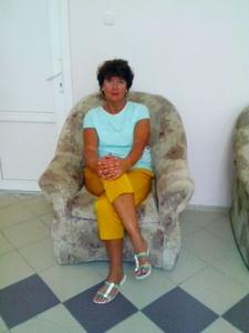 Irina,58-6